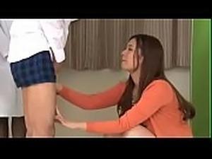 Asian Japanese mom&#039_s blowjob training course - ReMilf.com