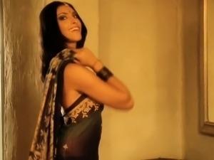 Incredible Bollywood Girlfriend