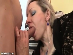 Horny blonde mature woman goes crazy part4