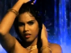 Bollywood Babe Makes Us Smile