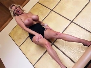 Kelly Madison Is A Big Titty Lovers Feast