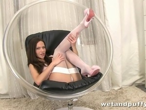 Subil arch in her exclusive pee video looking amazing in her white panty set...