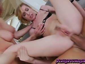 Both Shemale and Girl Does Ass to Mouth