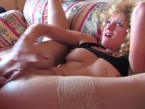 Die geile Blonde aus German Dirty Talk 2