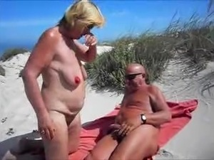 Beach Sex & Porn Videos