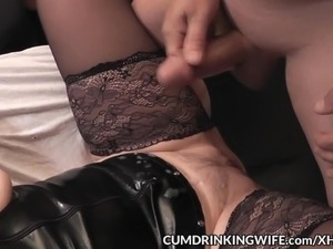 Slutwife creampied by plenty of guys
