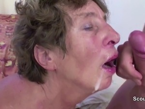 Granny Seduce Young Boy to Fuck her Hairy Asshole Anal