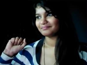 hot pakistani randi neha sucks finger thinking her bf dick