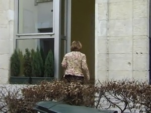 FRENCH MATURE n35 blonde anal mom vieille salope