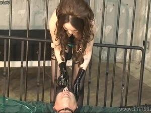 Japanese Femdom Kira Anal Fist and Facesitting