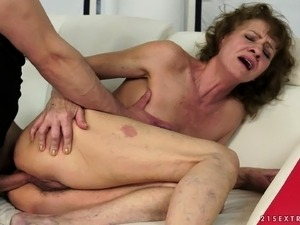 Attractive mature woman engages in steamy sex with the yoga instructor