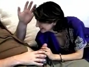 Hot Pakistani MILF amateur is fucked