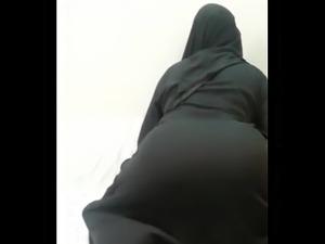 Burka Twerk.