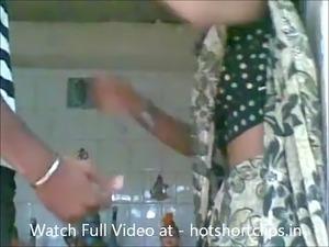 Hot Married Bhabhi Big Boobs Pressed and Sucked by Dewar - hotshortclips.in