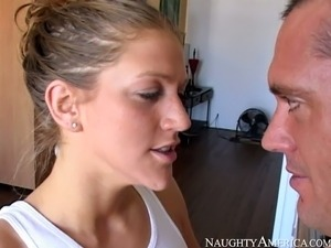 Busty brunetet housewife Eve Laurence pleases her stud with BJ at kicthen
