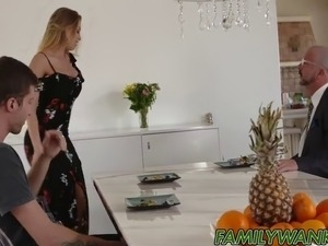 Georgeus Britney wants to play with big hard cock