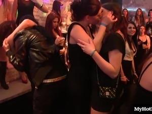 Sassy natural tits model giving dick blowjob in party