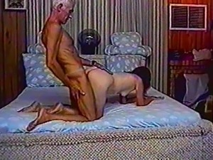 Old couple gets busy in the bedroom in their vintage homemade porn