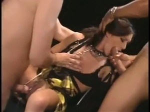 Wild brunette blowlerina Taylor Rain can work on two dicks at the same time