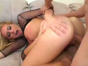 Bitch in black fishnet top Kelly Wells is totally into a horny MFF threesome