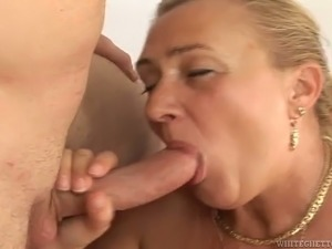 50 Years old slut blows juicy pole and gets her fat ass fucked