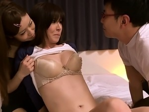Lustful Japanese milf gets her hungry peach drilled hard