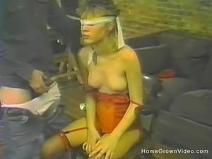 Blindfolded amateur babe sucking cock