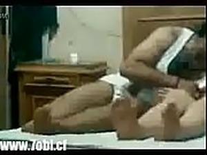 مصرى ينيك أمه غصب عنها وهي بتصرخ