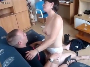 Sexy French brunette amateur fucking