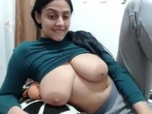 Bengali white girl exposing her huge melons in cam
